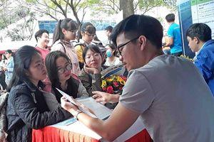 Hơn 15.000 học sinh tham gia chương trình tư vấn hướng nghiệp
