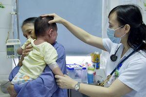 Lạm dụng khám chữa bệnh theo yêu cầu: Người nghèo khóc dở