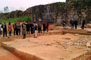 Nhiều cứ liệu quý khi khai quật tường Thành nhà Hồ
