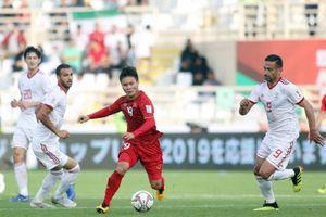 Quang Hải được bầu chọn xuất sắc nhất vòng bảng