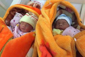 Xót thương cặp song sinh vừa ra đời đã mồ côi mẹ