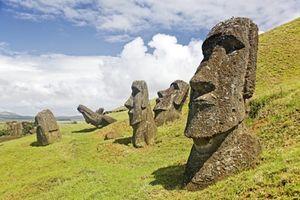 Vì sao đảo Phục Sinh thịnh vượng bỗng dưng 'sạch bóng' con người?