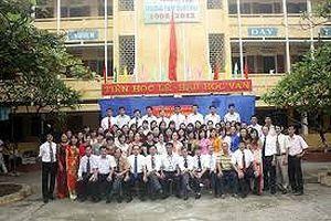 Cận Tết, Hà Nội công nhận một loạt trường đạt chuẩn Quốc gia
