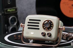 Xiaomi ra mắt radio thông minh thiết kế cổ điển Elvis Presley 2, giá 73 USD