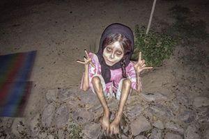 Cô gái trông hệt như xác sống và sự thực rợn người