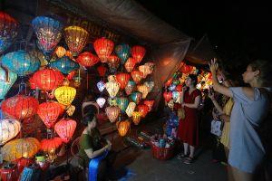 Hoa hậu Việt Nam Trần Tiểu Vy sẽ đón giao thừa ở phố cổ Hội An