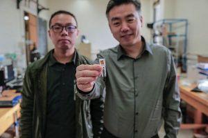 Công nghệ mới: 'Ăn' thiết bị nano để giúp chống béo phì