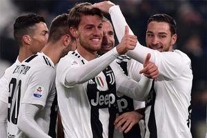 Juventus 3-0 Chievo: Thắng nhàn, 'lão bà' cô đơn trên đỉnh