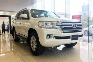 Toyota Land Cruiser 2019 chính hãng về Việt Nam đón Tết