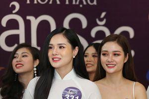 Bạn gái cầu thủ U23 Trọng Đại đi thi Hoa hậu Bản sắc Việt