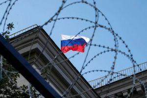 Hàng loạt quan chức bị EU giáng đòn trừng phạt, Nga đe dọa trả đũa