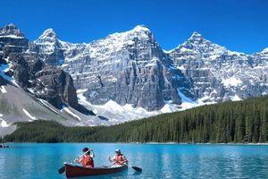 Hồ Louise - Bức tranh thơ mộng và yên bình