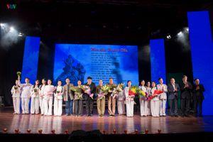 Toàn cảnh đêm diễn vở kịch hát 'Hoa lửa Truông Bồn'