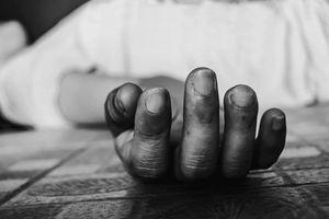 Người đàn ông gục chết trong nhà: Nghi vấn lời khai người vợ