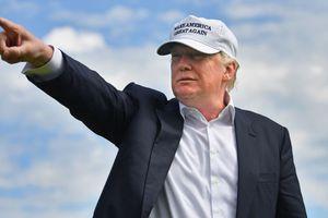Ám ảnh ngoại hình, ông Trump chỉnh ảnh 'sống ảo'