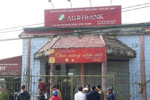 Truy bắt kẻ xông vào ngân hàng cướp giữa ban ngày