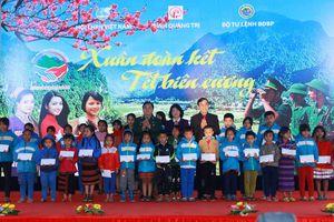 Quảng Trị tổ chức chương trình 'Xuân đoàn kết-Tết biên cương'