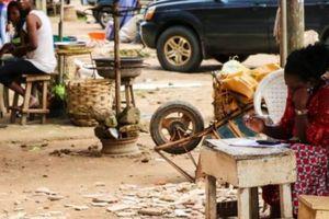 Báo cáo sốc: 20.000 cô gái Nigeria bị ép phải bán dâm