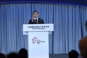 Chủ tịch Huawei dọa 'các quốc gia thù địch'