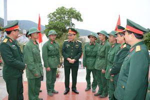 Bộ tư lệnh Quân khu 3 thăm, kiểm tra và chúc Tết quân, dân tuyến đảo Đông Bắc