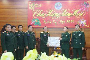 Bộ Chỉ huy Quân sự tỉnh Hủa Phăn thăm, chúc tết BĐBP Thanh Hóa