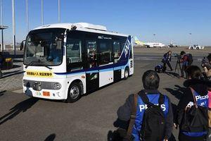 Thử nghiệm xe buýt chở khách tự lái tại sân bay Nhật Bản