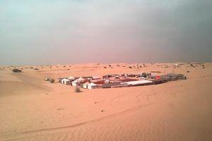 Đêm sa mạc Dubai rực sáng