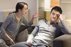 Vợ thất nghiệp dịp cuối năm, chồng ra lệnh Tết không về ngoại, chỉ biếu tiền bên nội