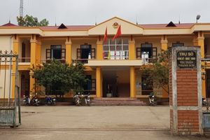 Bắc Giang: Công an thu giữ máy tính của kế toán trong vụ rút tiền ngân sách tại Thị trấn Thanh Sơn