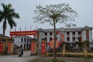 Hưng Yên: Dân tố cán bộ xã Phạm Ngũ Lão không có bằng THCS