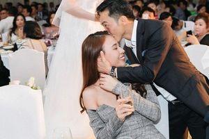 Điều gì khiến Đàm Thu Trang 'qua mặt' Hà Hồ, Hạ Vy trở thành cô dâu của Cường đô la?