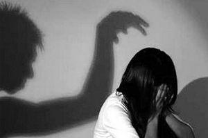 Hiệu trưởng dâm ô học sinh phải chịu hình phạt nào?