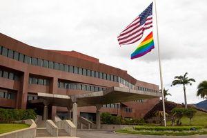 Venezuela: Mỹ từ chối rút nhân viên ngoại giao, quân đội không ủng hộ 'tổng thống tự phong'
