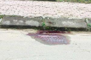 Hà Tĩnh: Đi xe máy kẹp 3 đâm vào cột điện, 1 người tử vong, 2 người nguy kịch