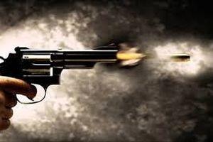 Nổ súng trong cuộc hỗn chiến, 3 người thương vong