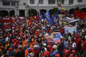 Nga lên án sự can thiệp từ bên ngoài vào Venezuela