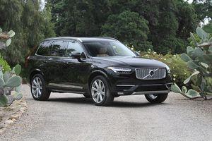 Volvo triệu hồi hơn 200.000 xe để khắc phục sự cố rò rỉ nhiên liệu