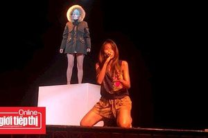 Suboi đọc rap ma mị trong buổi diễn cùng nghệ sĩ múa đương đại người Pháp