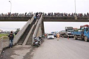 Tai nạn thảm khốc ở Hải Dương: Cầu vượt thiết kế kiểu 'bẫy' người đi bộ