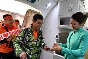 Vietnam Airlines đồng hành cùng 'Chiến binh Sao vàng'