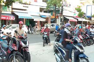 Vịnh đỗ xe - Giải pháp hay chống ùn tắc giao thông trước cổng trường học