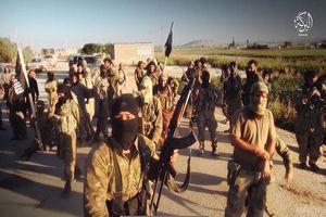 Phản công điên cuồng, IS bất ngờ giành phần thắng ở Đông Euphrates