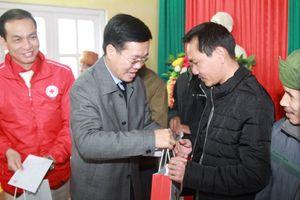 Trưởng ban Tuyên giáo T.Ư thăm, chúc Tết gia đình chính sách tại Lạng Sơn