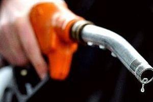Giá dầu 'phủ bóng đen' lên doanh nghiệp dầu khí