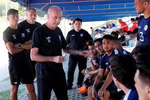 HLV Sven-Goran Eriksson vẫn gắn bó với đội tuyển Philippines