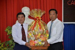 Đoàn đại biểu huyện BôRây Chulsa chúc Tết TP. Châu Đốc