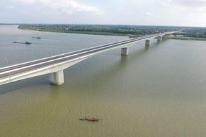 Thủ tướng Nguyễn Xuân Phúc phát lệnh thông xe cầu Hưng Hà và đường nối hai cao tốc lớn
