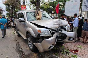 Khởi tố tài xế ô tô tông 2 mẹ con thương vong