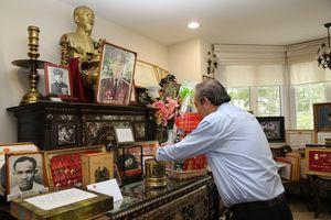 Phó Thủ tướng Trương Hòa Bình dâng hương tưởng nhớ các đồng chí lão thành cách mạng