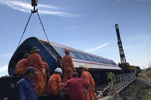 Đường sắt Bắc - Nam thông trở lại sau sự cố tàu SE1 trật bánh